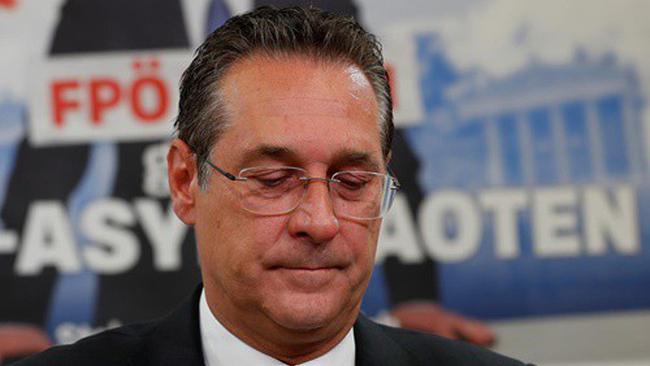 Phó Thủ tướng Áo từ chức vì đã hành động thiếu sáng suốt