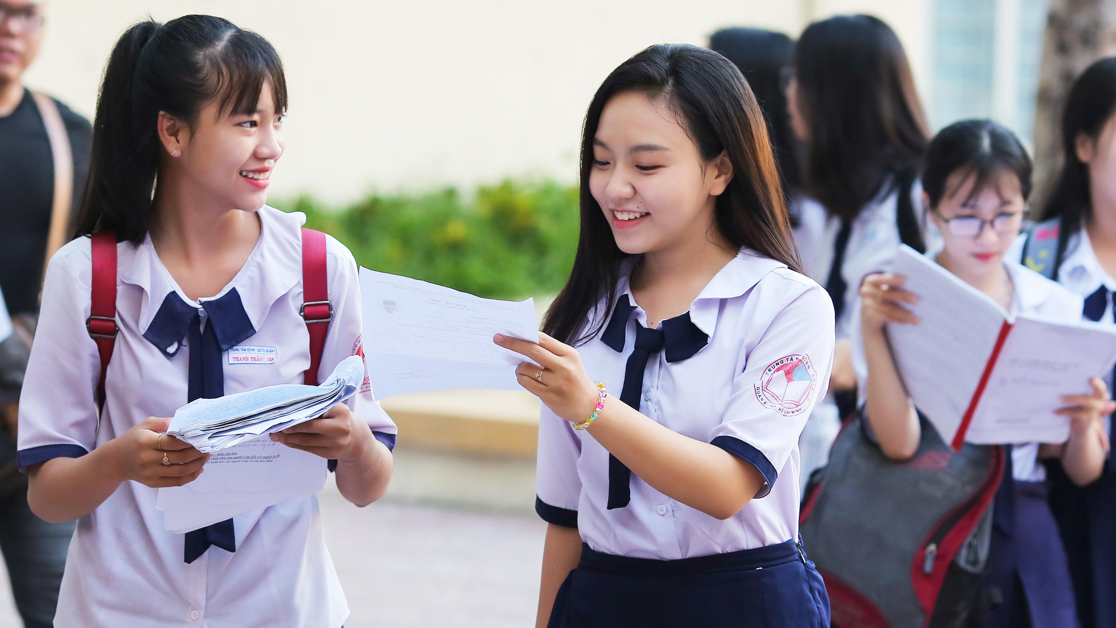 Nhiều trường ĐH công bố điểm tuyển thẳng, xét học bạ