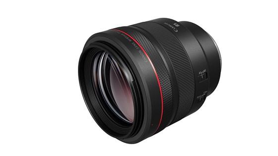 Canon ra mắt ống kính chuyên dùng cho chụp ảnh chân dung