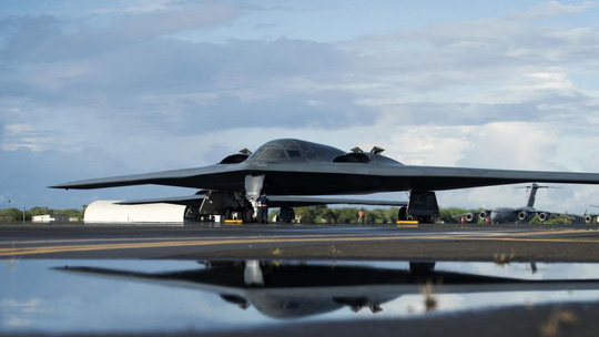 Sau B-2, Mỹ triển khai máy bay ném bom nào