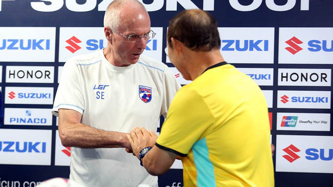 HLV tuyển Philippines tin Công Phượng, Quang Hải có thể chơi bóng ở Châu Âu