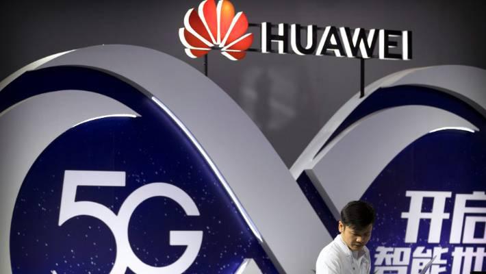 Nhà mạng Âu, Á dừng đặt hàng điện thoại mới của Huawei