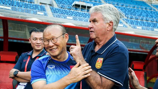 Trung Quốc sa thải HLV Hiddink sau trận thua U22 Việt Nam