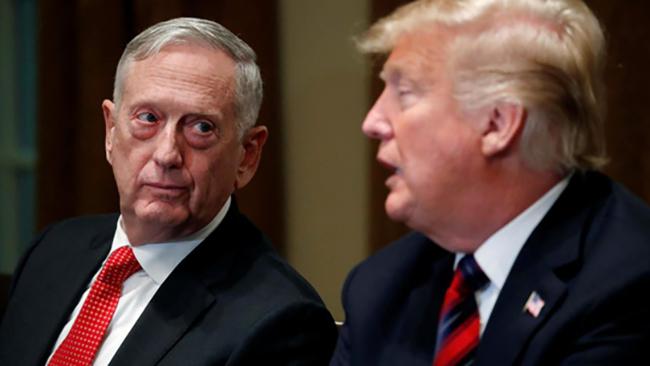 Bộ trưởng quốc phòng Mỹ bất ngờ từ chức