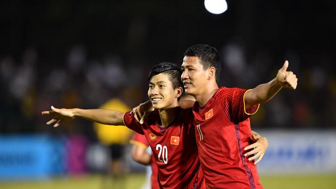 Việt Nam- Philippines: 2-1, Công Phượng bỏ lỡ cơ hội đáng tiếc