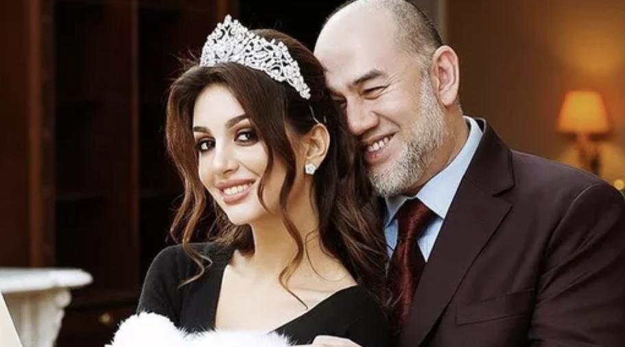 """Cựu hoa khôi Nga """"bóng gió"""" về nguyên nhân ly hôn với cựu Quốc vương Malaysia?"""