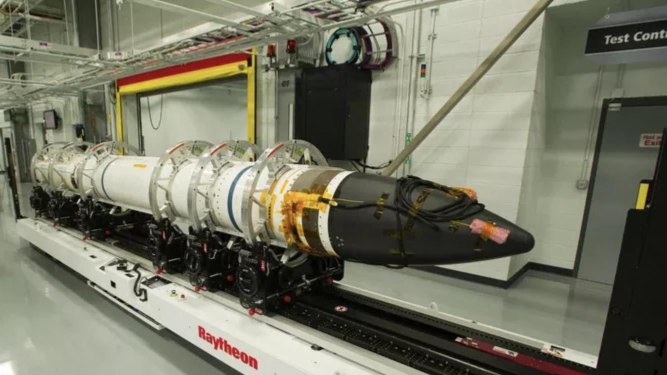 Mỹ bán gói tên lửa 3,3 tỉ USD cho Nhật Bản