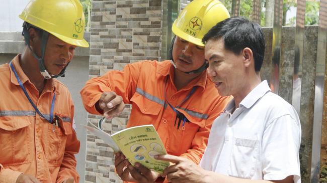 Thủ tướng yêu cầu kiểm tra việc điều chỉnh giá bán điện