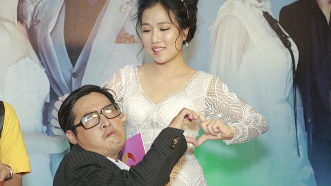 Thanh Hằng – Minh Hằng chạm mặt nhau tại sàn diễn Marilyn Monroe Night