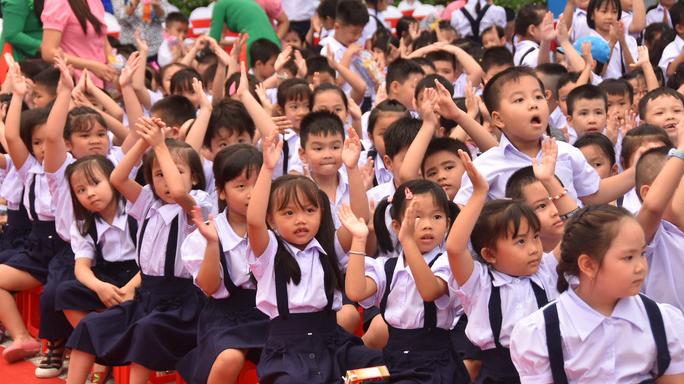 Học sinh tiểu học tại TP HCM chỉ sử dụng tối đa 3 quyển vở