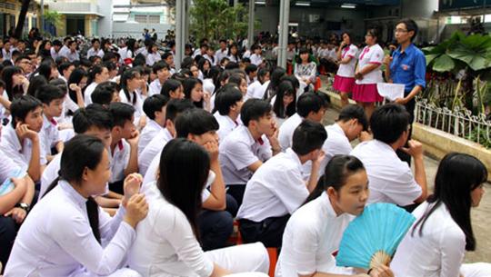 Học sinh TP HCM học chống tham nhũng