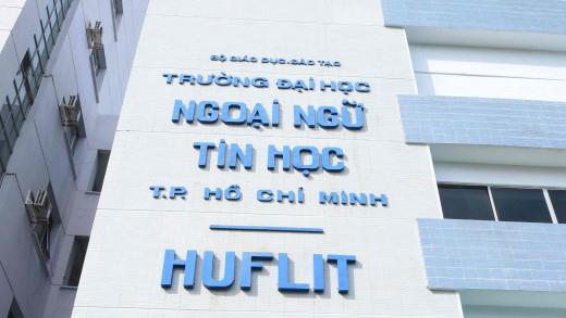 Hiệu trưởng Trường ĐH Ngoại ngữ- Tin học gửi kiến nghị khẩn cấp đến UBND TP HCM