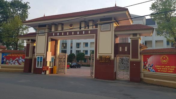 Lãnh đạo của Phòng Chống tham nhũng thuộc Thanh tra Bộ Xây dựng bị bắt vì đòi chung chi nhiều tỉ đồng