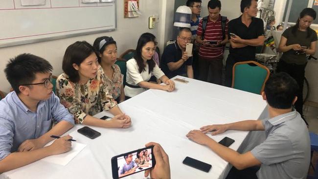 Chủ tịch Hà Nội yêu cầu làm rõ vụ cháu bé chết do bị bỏ quên trên xe buýt