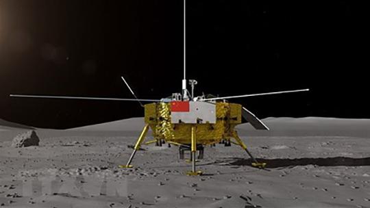 Tàu vũ trụ đầu tiên đáp xuống mặt tối của Mặt trăng