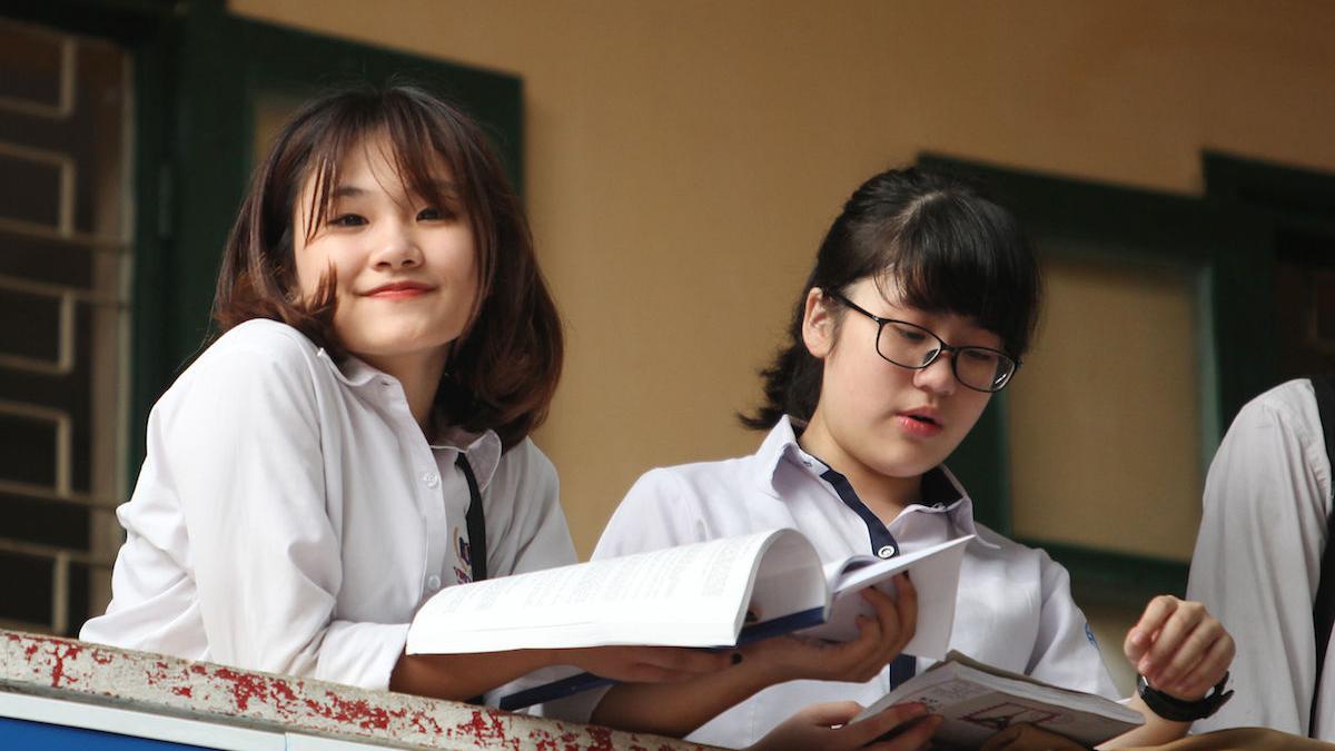 100.000 học sinh cạnh tranh suất vào lớp 10 công lập tại TP HCM