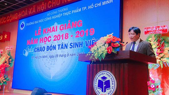 Trường ĐH Công nghiệp thực phẩm TP HCM khai giảng năm học mới