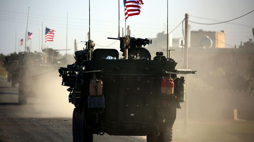 Xe quân sự Mỹ tới Syria để chuẩn bị chiến sự?